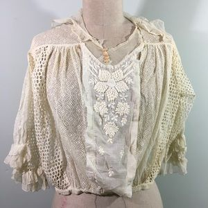 🍑 Vintage // Lace & Embroidery Blouse /One Size🍑